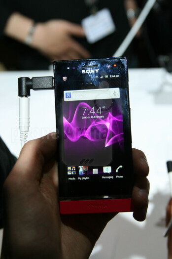 Sony Xperia U Hands-on Review