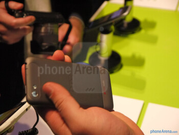 HTC One V Hands-on Review