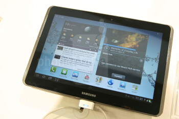 The Samsung Galaxy Tab 2 (10.1) is one pretty good looking tablet