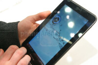Samsung-Galaxy-Tab-2-7.0-Hands-on-Review-01