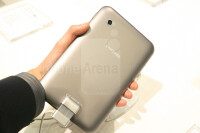 Samsung-Galaxy-Tab-2-7.0-Hands-on-Review-04