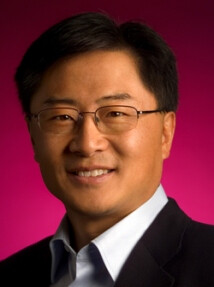 Eric Chu (L) is being relaced at Google Play Store by Jamie Rosenberg (R) - Google Play store executive steps down
