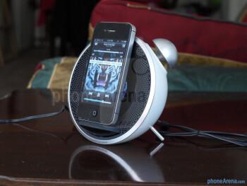 Edifier Tick Tock Alarm Clock for iPhone hands-on
