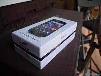 Samsung Galaxy S Blaze 4G unboxing