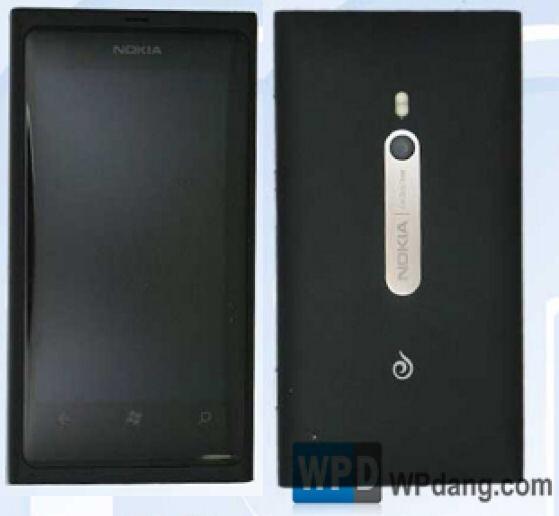 Nokia Lumia 800c - Nokia Lumia 800c, made for CDMA pipeline, pictured in China