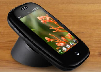 The Touchstone wireless charger for the Palm Pre