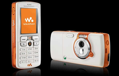 Sony Ericsson W800i - 2005, the Walkman arrives on handsets
