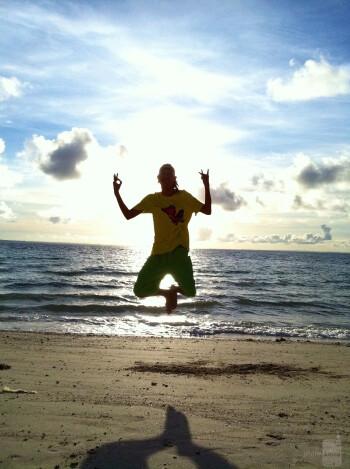 6. John Pamatmat - Apple iPhone 4Kota Beach, Cebu, Philippines