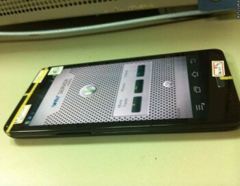 Samsung GT-I9300 Galaxy S3 dummy leaks again, newer prototype sports a home button