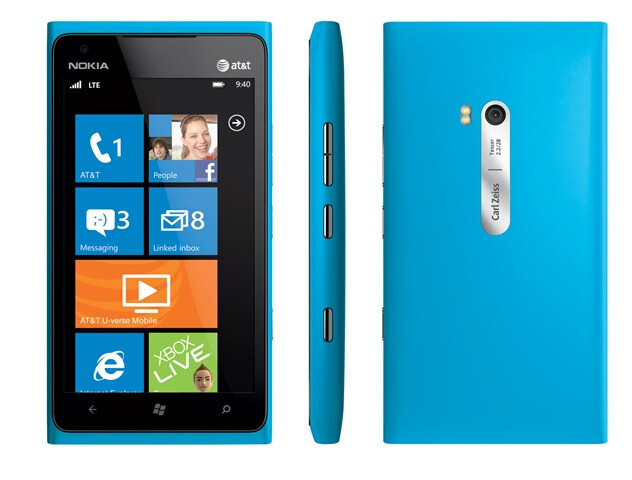 The Nokia Lumia 900 - Analysts lower expectations on Windows Phone sales