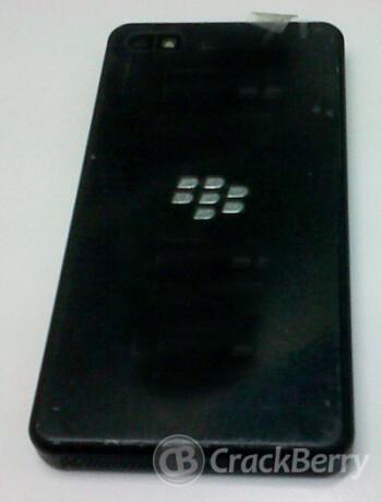 Images of the BlackBerry 10 Alpha Developer's model
