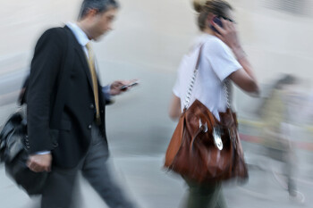 Tips to protect your smartphone against loss & theft