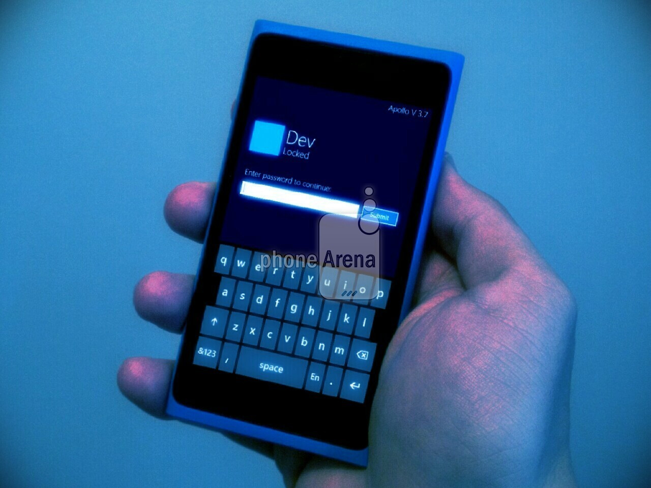 إشاعه : هاتف Lumia 900 يحمل نظام Windows Phone 8 Apollo