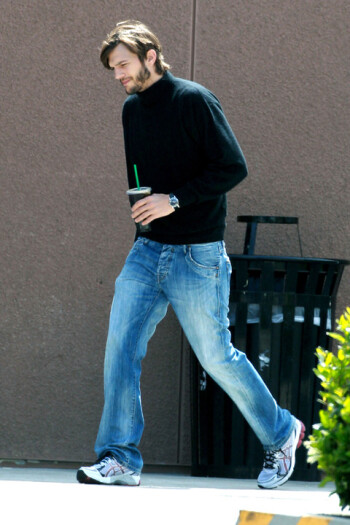 Is that Steve Jobs taking a stroll?
