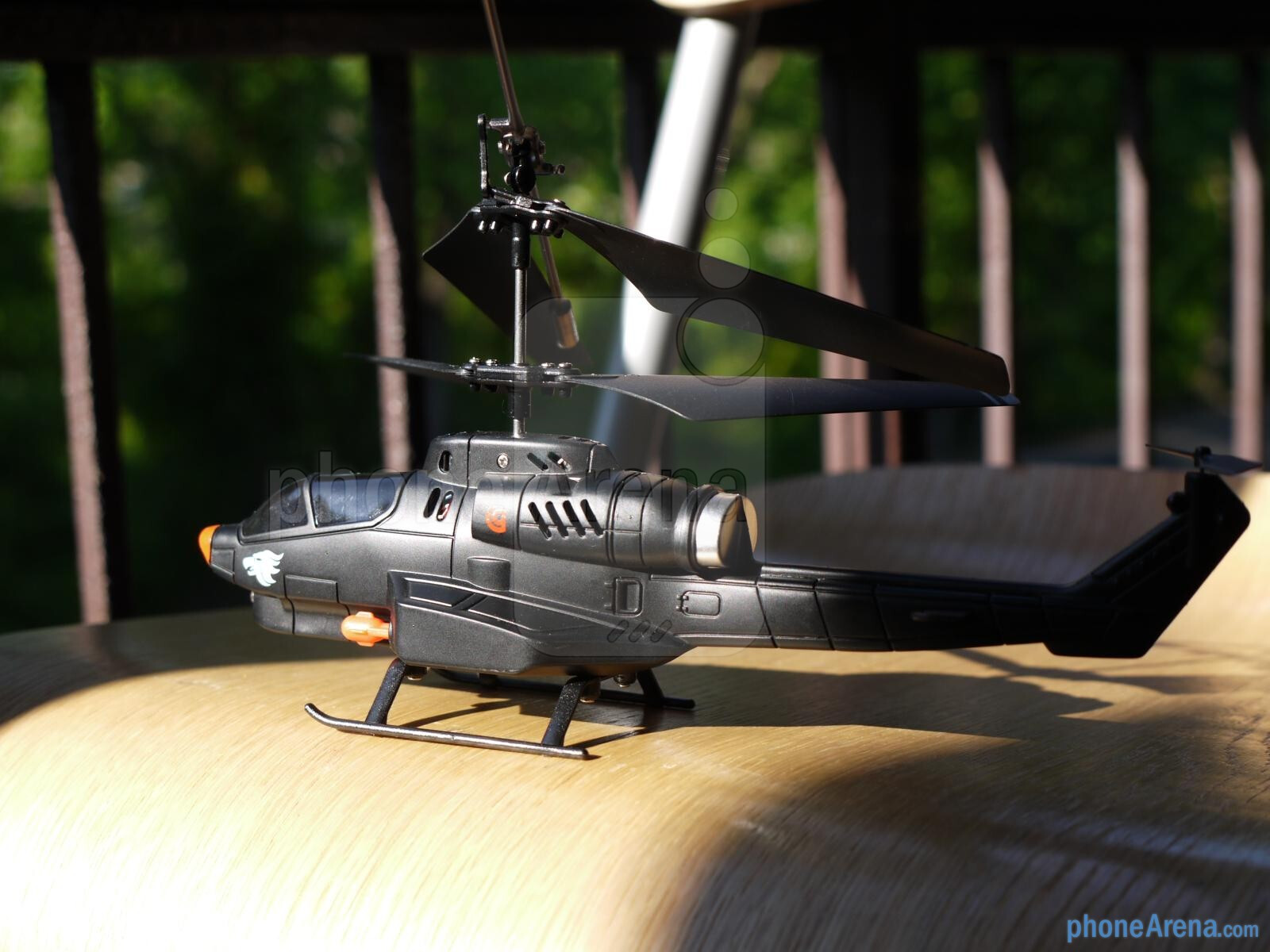 griffin helo tc app controlled helicopter with Griffin Helo Tc Assualt Hands On Id30347 on Griffin Helo Tc Touch Controlled Helicopter Voor Ios Android Gc30021 also 142270629961 as well New Helo Tc App Controlled Helicopter in addition Griffin HELO TC Assualt Hands On id30347 besides 10871039.