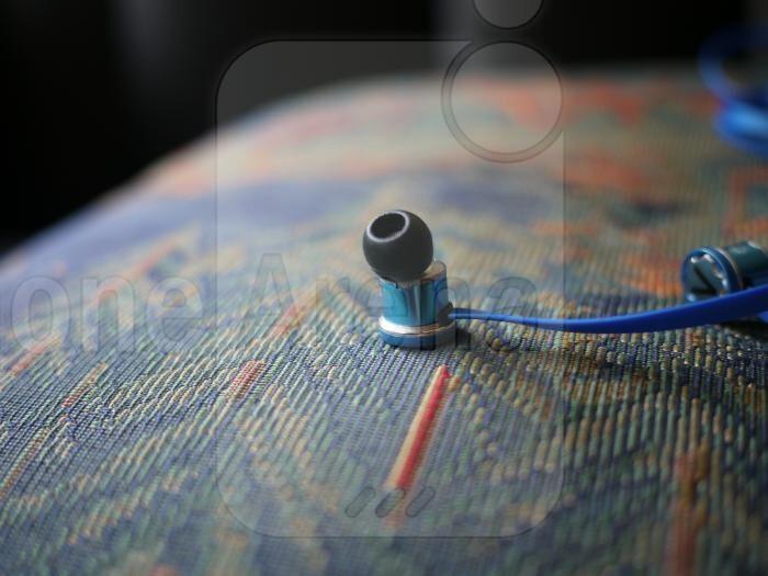 Velodyne vPulse In-Ear Headphones Review
