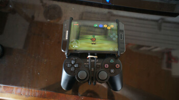 Gaming on the Galaxy Note just reached a whole new level
