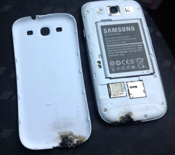The Samsung Galaxy S III after being microwaved