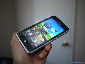 Motorola ATRIX HD unboxing and hands-on