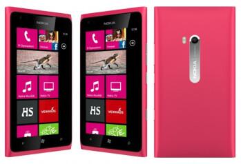 Nokia Lumia 900 in pink