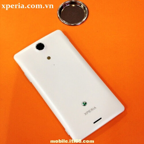 Sony Xperia GX international version pictures leak out