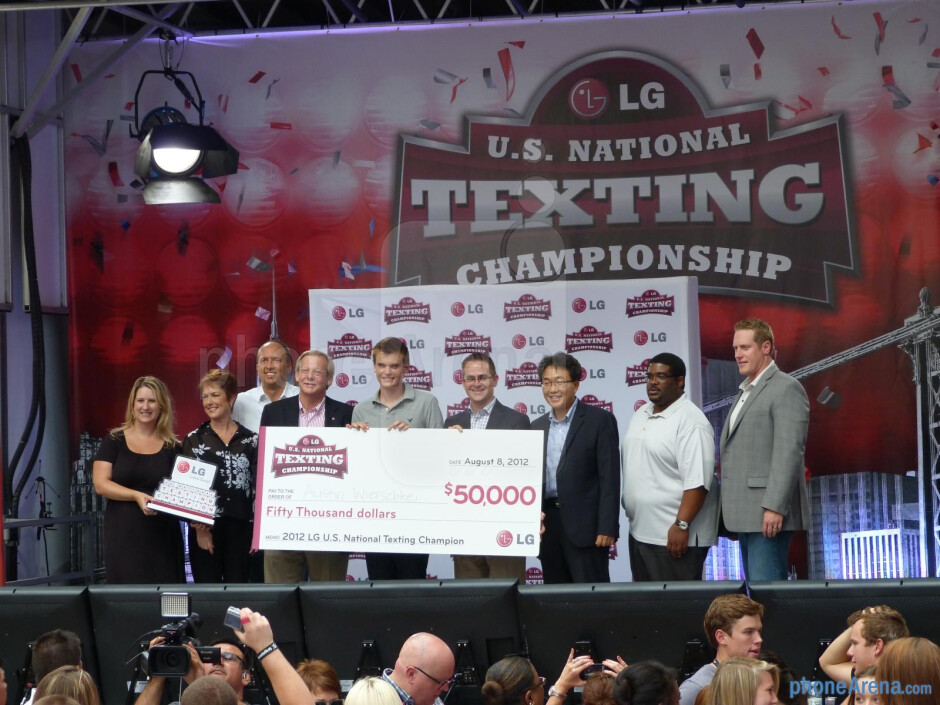Wisconsin native retains his crown in LG's U.S. National Texting Championship
