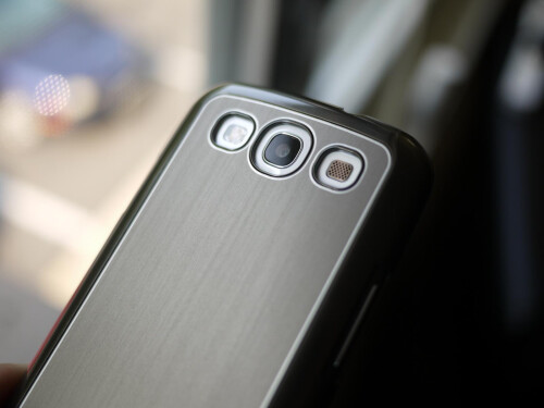 Case-Mate Barely There Brushed Aluminum Samsung Galaxy S III case hands-on