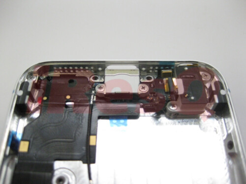 Perfect fit: alleged iPhone 5 parts align nicely into its purported chassis