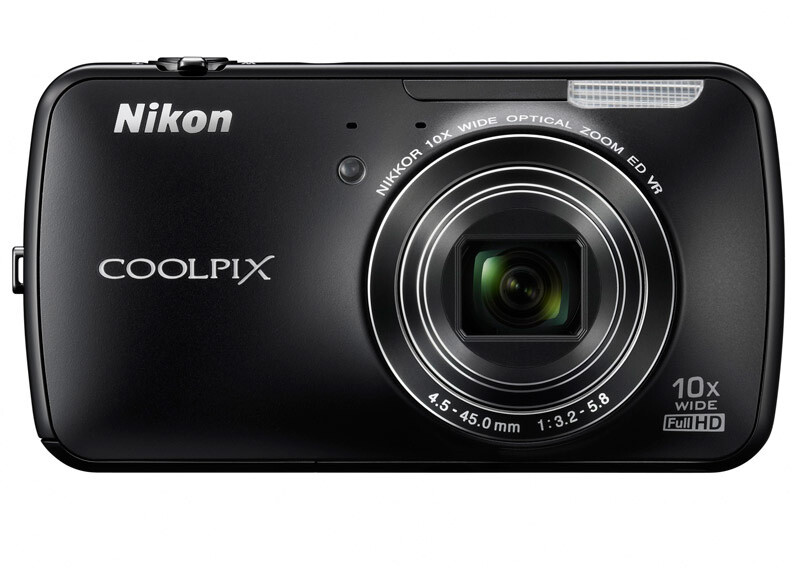 The Nikon Coolpix S800c will be available in black and white - Nikon Coolpix S800c is now official – 16MP Android camera you can play Angry Birds on