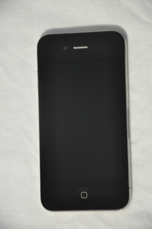Rare iPhone 4 prototype on eBay