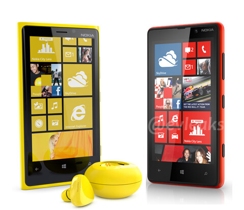 Few more pictures of the Lumia 920 and 820 leak before the event