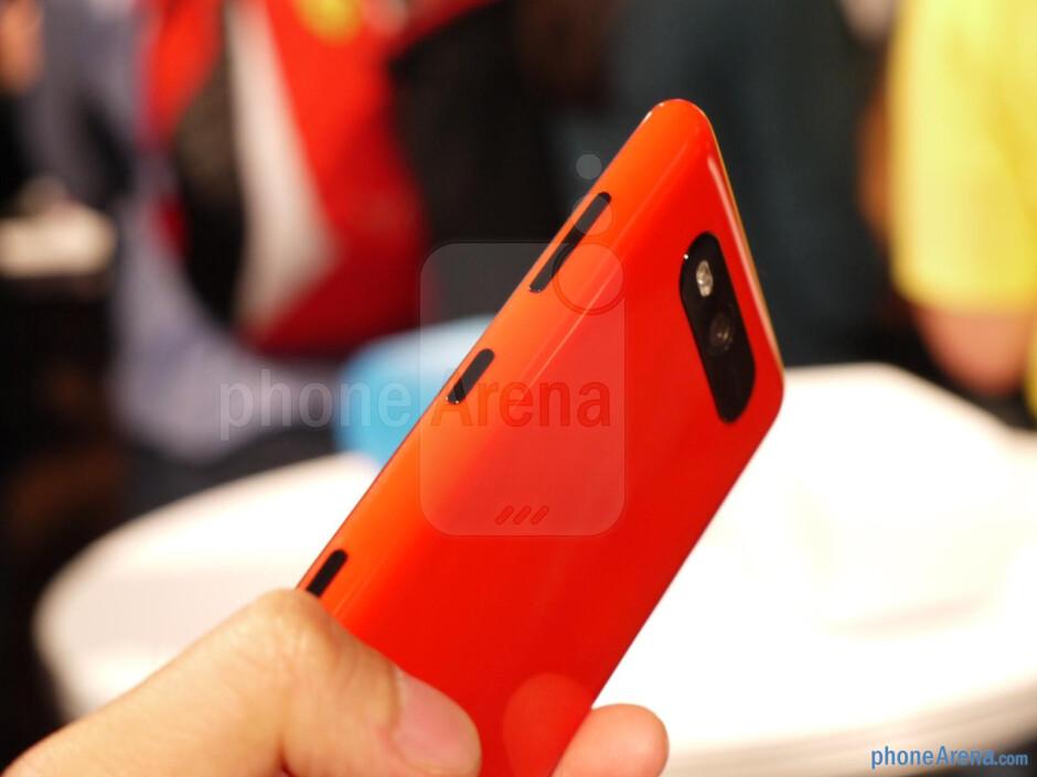 Nokia Lumia 820 hands-on