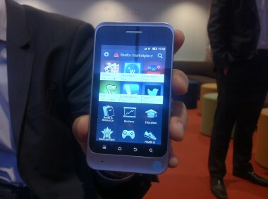 The Firefox browser is expected to debut in Brazil next year - Mozilla displays Firefox OS running on a handset