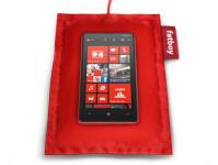 Nokia-Lumia-820-with-DT-901.jpg