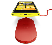 Nokia-Lumia-920-with-DT-900.jpg