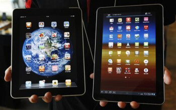 Does the Samsung GALAXY Tab 10.1 (R) resemble the Apple iPad?