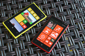 The Nokia Lumia 920 (L) and Nokia Lumia 820