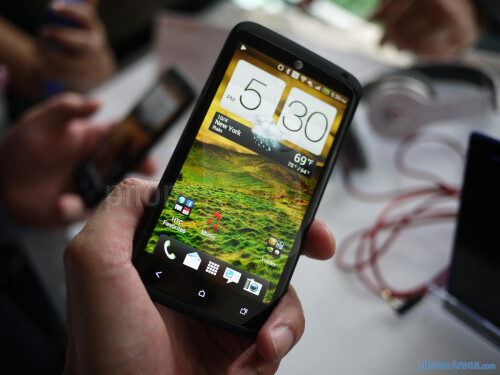HTC+One+X%2B+hands-on