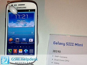 Samsung Galaxy S III mini leaks again, this time in flesh and blood