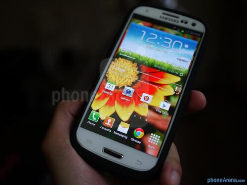 PowerSkin+for+Samsung+Galaxy+S+III+hands-on