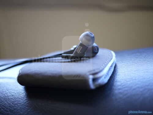 Moshi+Audio+Dulcia+headphones+hands-on
