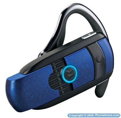 Two new Bluetooth headsets by Motorola - H800 and H601