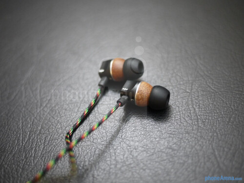 House+of+Marley+Zion+In-Ear+Headphones+hands-on