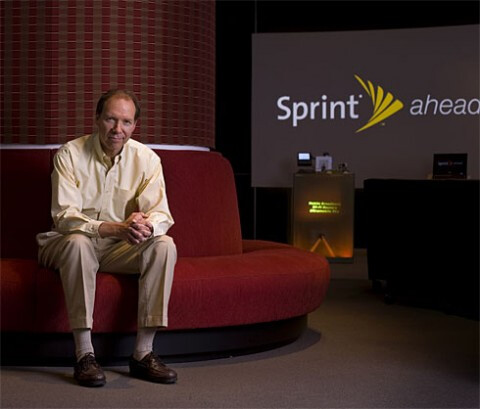 CEO Dan Hesse will remain at the head of the new Sprint