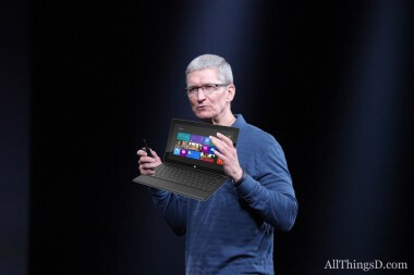 """Apple CEO Tim Cook calls the Microsoft Surface confusing - Cook off: Apple CEO insults the Microsoft Surface tablet calling it """"confusing"""" and """"comprimised"""""""