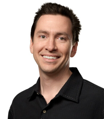 In happier times, John Broweet (L) and Scott Forstall