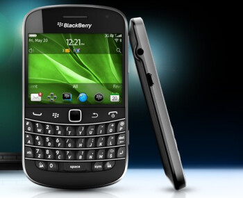 Does the BlackBerry Bold 9930 make you itch?