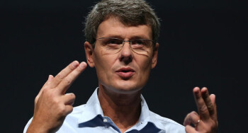 Thorsten Heins is keeping his fingers crossed for the success of BB10