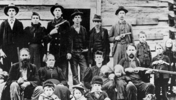 Apple and Samsung are the modern day Hatfield and McCoys