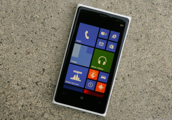 The Nokia Lumia 920 is selling like hotcakes